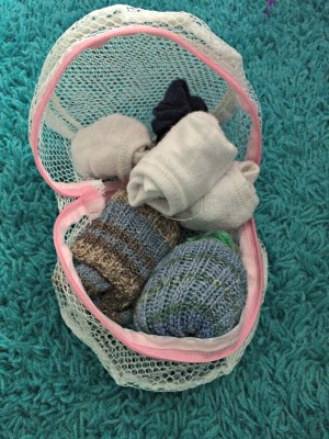 organize socks laundry mesh tips tricks